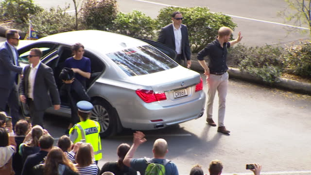 including royal couple arrive at redwoods treewalk in whakarewarewa - harry meghan tour stock videos and b-roll footage