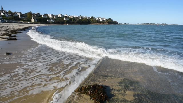 incoming tide at carantec-finistere - tide stock videos & royalty-free footage