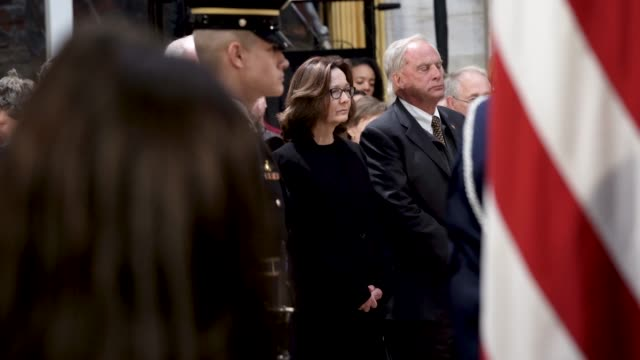 incumbent cia director gina haspel and former directors porter goss john brennan and george tenet pay respect to the late former us president george... - united states congress点の映像素材/bロール