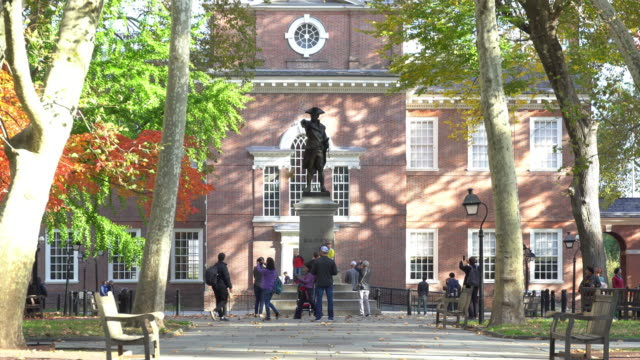 independence hall in philadelphia, usa - philadelphia pennsylvania stock videos & royalty-free footage