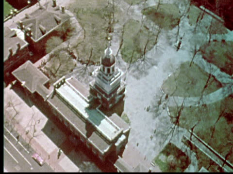 1976 aerial ws independence hall / philadelphia, pennsylvania, usa - 1976 stock videos & royalty-free footage