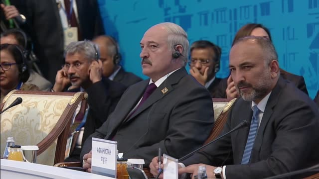 india and pakistan were granted full membership of the shanghai cooperation organization at the end of twoday heads of state council summit in the... - g8:s toppmöte bildbanksvideor och videomaterial från bakom kulisserna