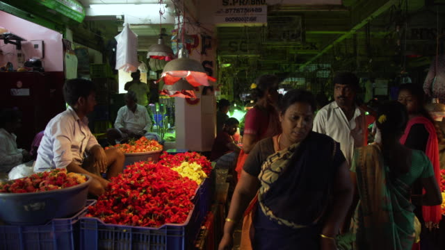 india flower market stall at chennai - chennai stock videos & royalty-free footage
