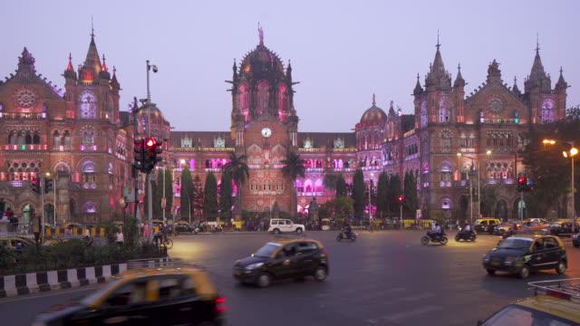 india, mumbai, maharashtra, chhatrapati shivaji maharaj terminus railway station (csmt), (formerly victoria terminus), unesco world heritage site - station stock videos and b-roll footage