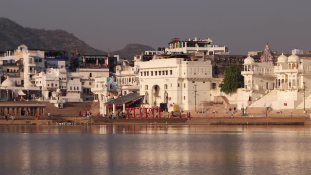 india, rajasthan, pushkar, view of the town and the sacred lake - medieval stock videos & royalty-free footage