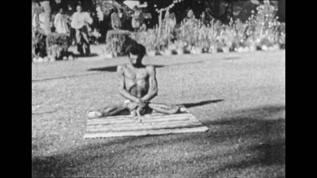 India - Yoga Man