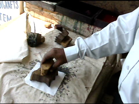 indian block printing on textile 3 - block shape stock videos & royalty-free footage