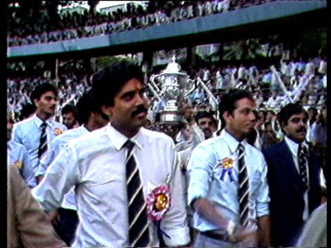 vídeos de stock e filmes b-roll de indian cricket team do lap of honour with prudential world cup bombay jul 83 - 1983