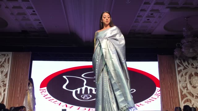 indian fashion model showcases an elegant and ornate kanchipuram saree during a south indian and sri lankan bridal fashion show in ontario canada on... - sari stock videos & royalty-free footage