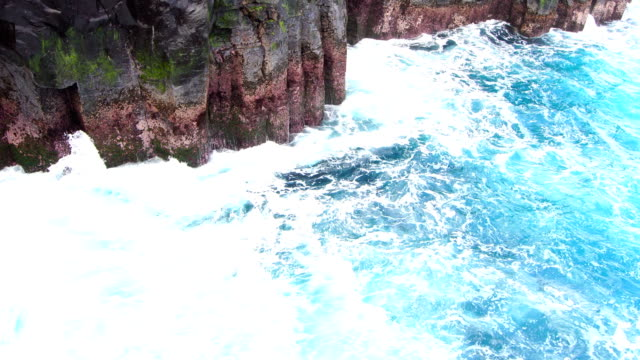 Indian ocean turquoise waves - Reunion Island