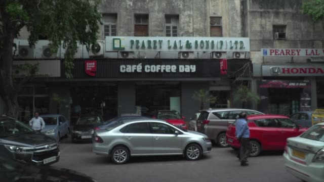 stockvideo's en b-roll-footage met indian police launched a major hunt for one of the country's richest men coffee tycoon v.g. siddhartha amid mounting fears for his safety - men