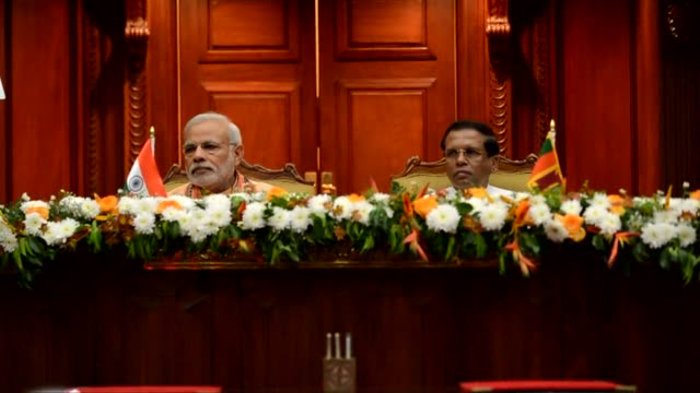 indian prime minister narendra modi called for greater security cooperation with sri lanka on friday during a landmark visit to the strategically... - minoranza video stock e b–roll