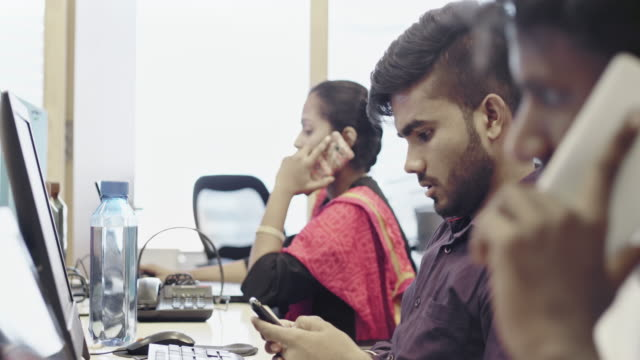 indian teamwork at call center - indian ethnicity stock videos & royalty-free footage