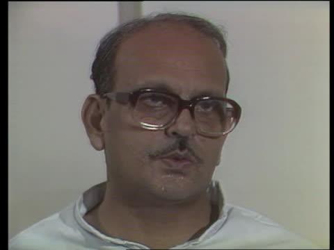 Indian troops withdraw ITN Intvw VP Singh on losing men money prestige scaring India's neigbours