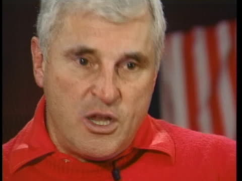 indiana basketball coach bobby knight talks about how he is the most demanding coach in college basketball - sport stock-videos und b-roll-filmmaterial
