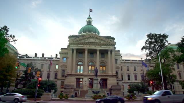 Indianapolis State Capitol Building in der Abenddämmerung