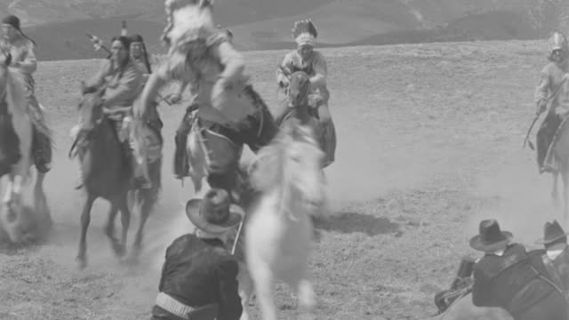 MS Indians attacking on cavalry