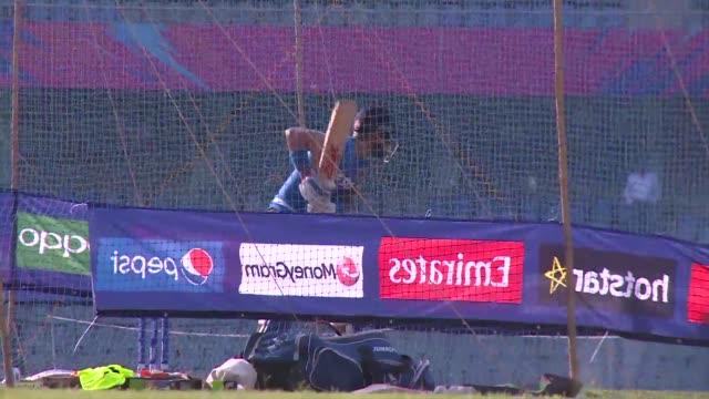 vídeos y material grabado en eventos de stock de india's cricketers train at the wankhede stadium in mumbai ahead of their world twenty20 semi-final clash against the west indies - ronda de semifinales
