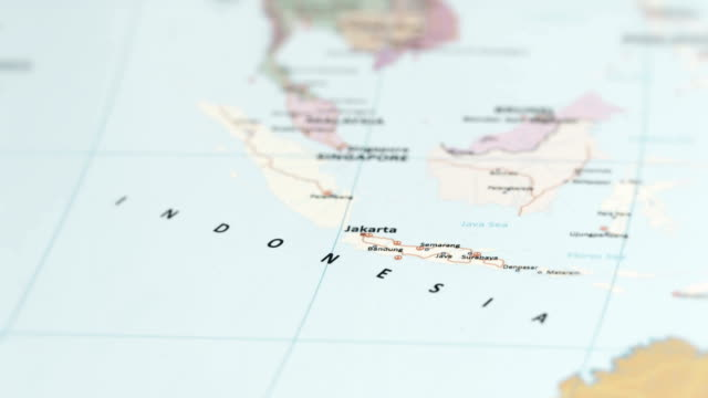 asia indonesia on world map - indonesia video stock e b–roll