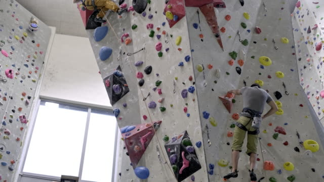 indoor rock climbing - climbing rope stock videos & royalty-free footage