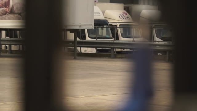 industrial estate locked up and delivery lorries parked due to the lockdown due to the coronavirus crisis - industry stock videos & royalty-free footage
