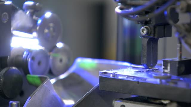 工業用計測機 - 品質管理点の映像素材/bロール