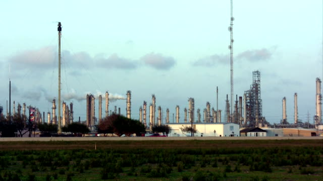 hd industrial oil refinery - corpus christi texas stock videos & royalty-free footage