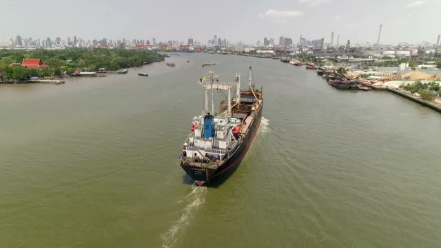 Industriële scheepvaart poort in Bangkok, Thailand