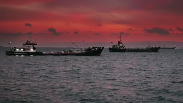 Industrial Schiffe
