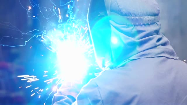 industrial worker welding steel - manufacturing occupation stock videos & royalty-free footage