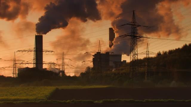 Industrie au crépuscule