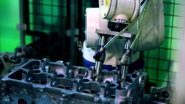 stockvideo's en b-roll-footage met industry robots - ingenieurswerk