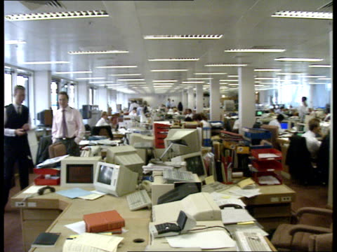 inflation soars to 10 percent; england: london: the city: warburg securities: int gvs dealing room, dealers on phones, talking with each other.... - voice stock videos & royalty-free footage