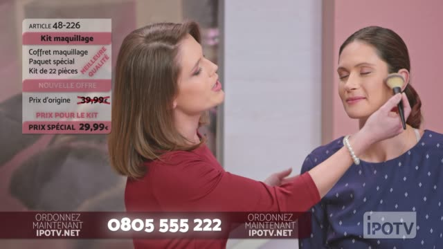 infomercial montage in french: female make up artist demonstrating the usage of the make up brush on the infomercial show - presenter stock videos and b-roll footage