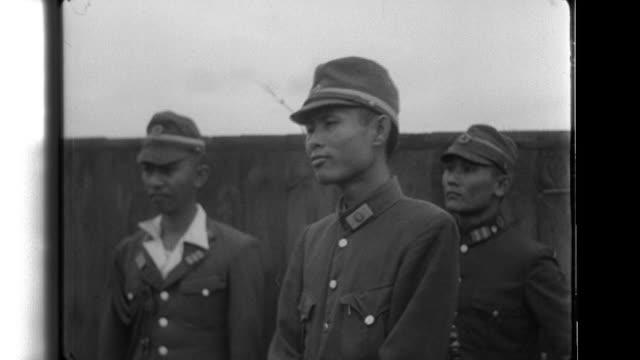vidéos et rushes de information bureau director general eiji amoh announces burma's declaration of independence; the japanese government recognizes burmese independence;... - indépendance