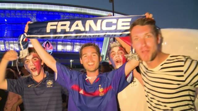 inglaterra y francia empataron 1 a 1 este lunes por el inicio del grupo d de la eurocopa 2012 en donestk voiced igualdad entre inglaterra y francia... - igualdad stock videos and b-roll footage