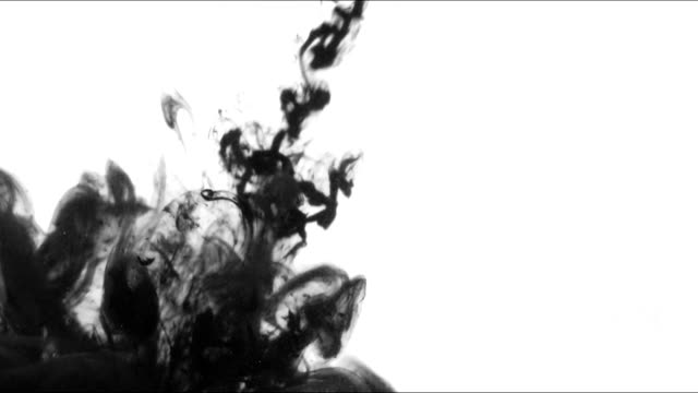 vidéos et rushes de jet d'encre se dilate et tourbillonne dans l'eau. - touche de couleur
