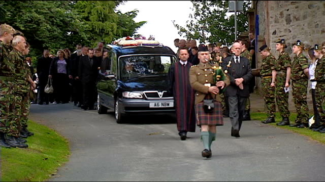 inquest hears how teenaged girl drowned in army training exercise on scottish loch date unknown 2nd battalion highlanders cadet force members lining... - military exercise stock videos & royalty-free footage