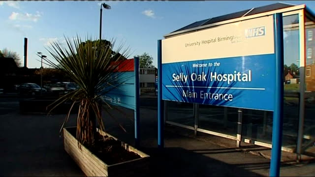 vídeos de stock e filmes b-roll de inquest into death of lieutenant mark evison father pays tribute to comrades england west midlands birmingham sign for 'selly oak hospital' general... - west midlands