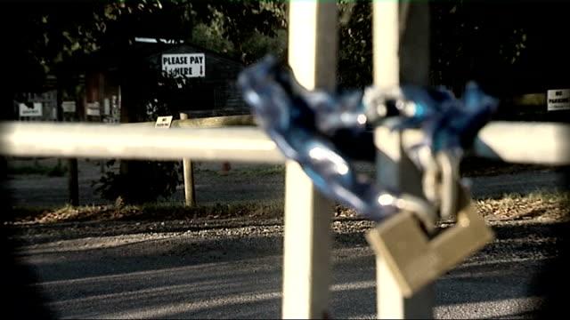inquiry into e.coli outbreak at godstone farm: report published; september 2009 england: surrey: near redhill: godstone farm: ext graphicised seq... - 身体症状点の映像素材/bロール