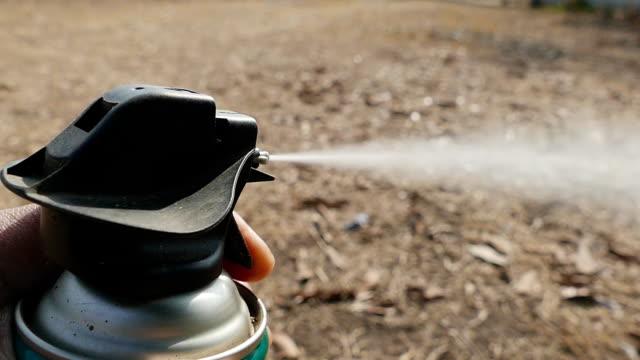 Paquet d'aérosol pulvérisation insecticide