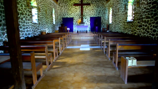 inside a catholic church taaoa hiva oa marquesas - französisch polynesien stock-videos und b-roll-filmmaterial