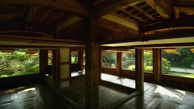 inside of seyeonjeong pavilion in bogildo island / wandogun, jeollanam-do, south korea - 柱点の映像素材/bロール