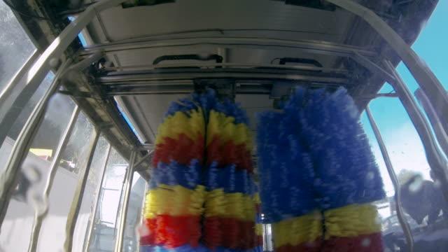 inside the car wash - biltvätt bildbanksvideor och videomaterial från bakom kulisserna