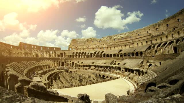 stockvideo's en b-roll-footage met inside the coliseum of rome - colosseum