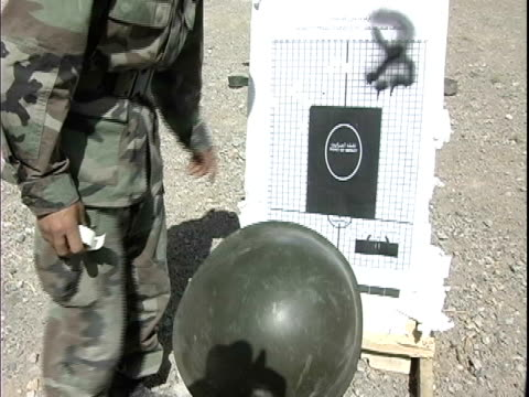 instructor and soldier pointing at target during military training / afghanistan - operazione enduring freedom video stock e b–roll