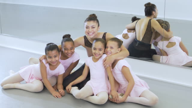 instructor and students in ballet class - 8 9 years stock videos & royalty-free footage