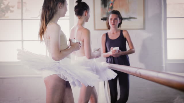 instructor talking with ballet dancers - ballet studio stock videos & royalty-free footage