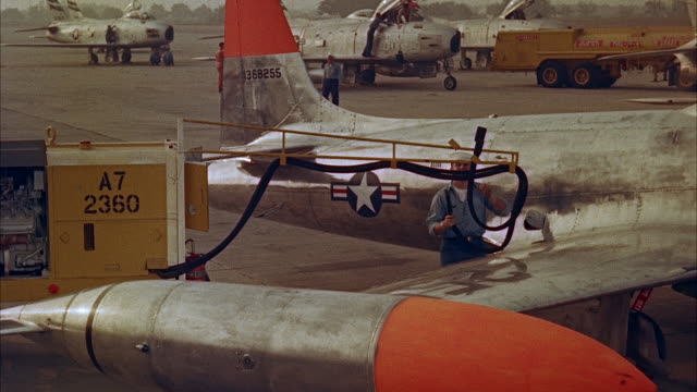ms instrument control panel on airplane - 給油点の映像素材/bロール