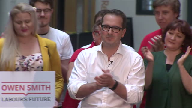 pontypridd int gv owen smith mp walk out on stage on labour leadership contest launch - owen smith politician stock videos & royalty-free footage